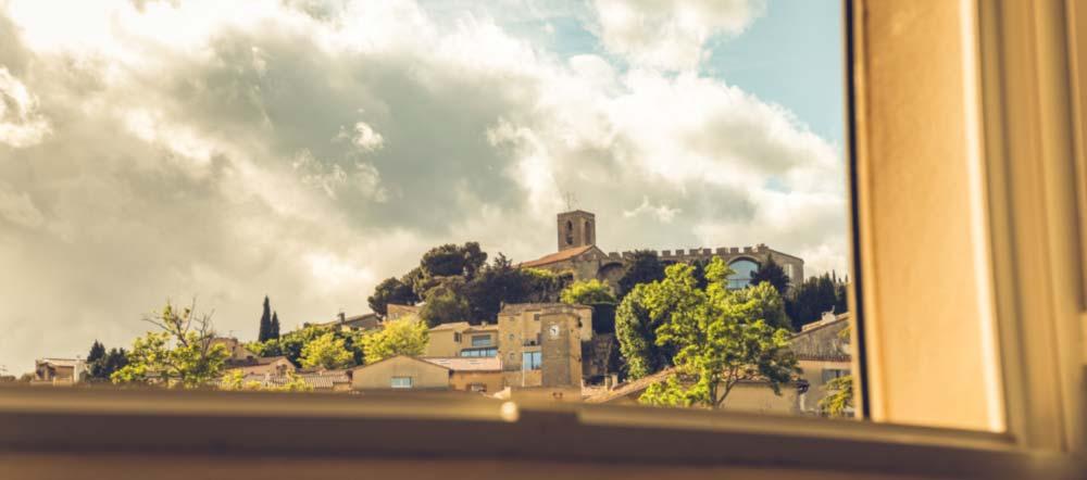 Chateauneuf-de-Gadagne est un magnifique village perché de Provence